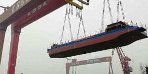 Cina, varato il primo mercantile navale elettrico