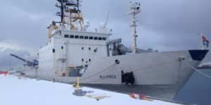 Nave Alliance dirige per il Circolo Polare