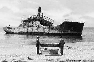 Foto storica nave SS Atlantus in cemento armato
