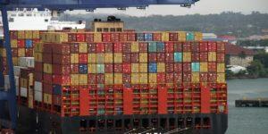 Velocità limitata per le navi: Il rifiuto di Amazon
