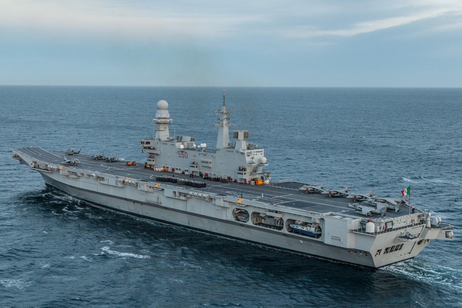 La portaerei Cavour. Lammiraglia italiana