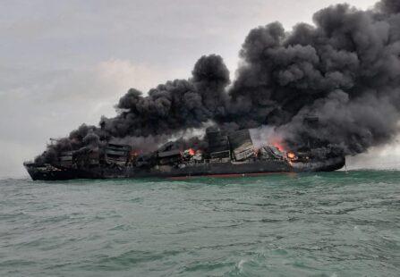 MV X-Press Pearl va a fuoco a largo dello Sri Lanka