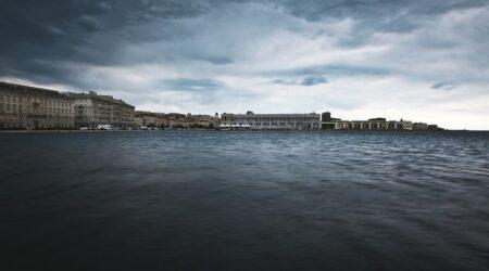 Sgomberato il porto di Trieste dalle forze dell'ordine